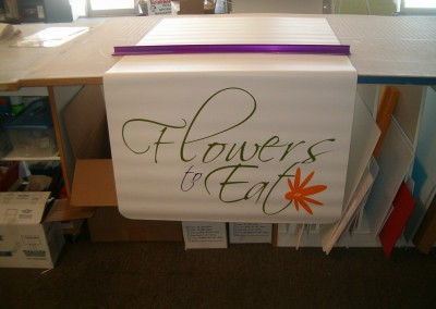 Flowers To Eat Table Runner2