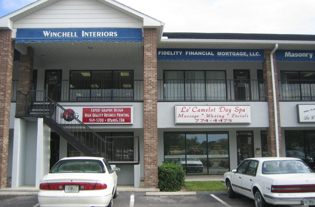 Outdoor Business Signs in Tampa, FL