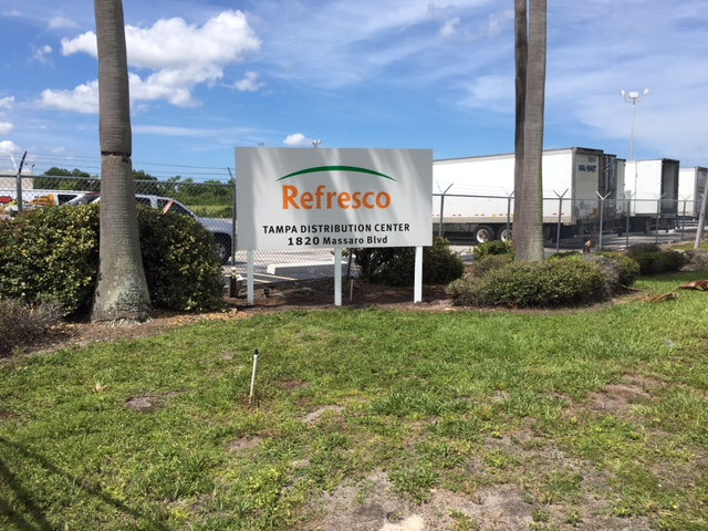 Tampa, FL – Refresco Changes Outdoor Property Signs