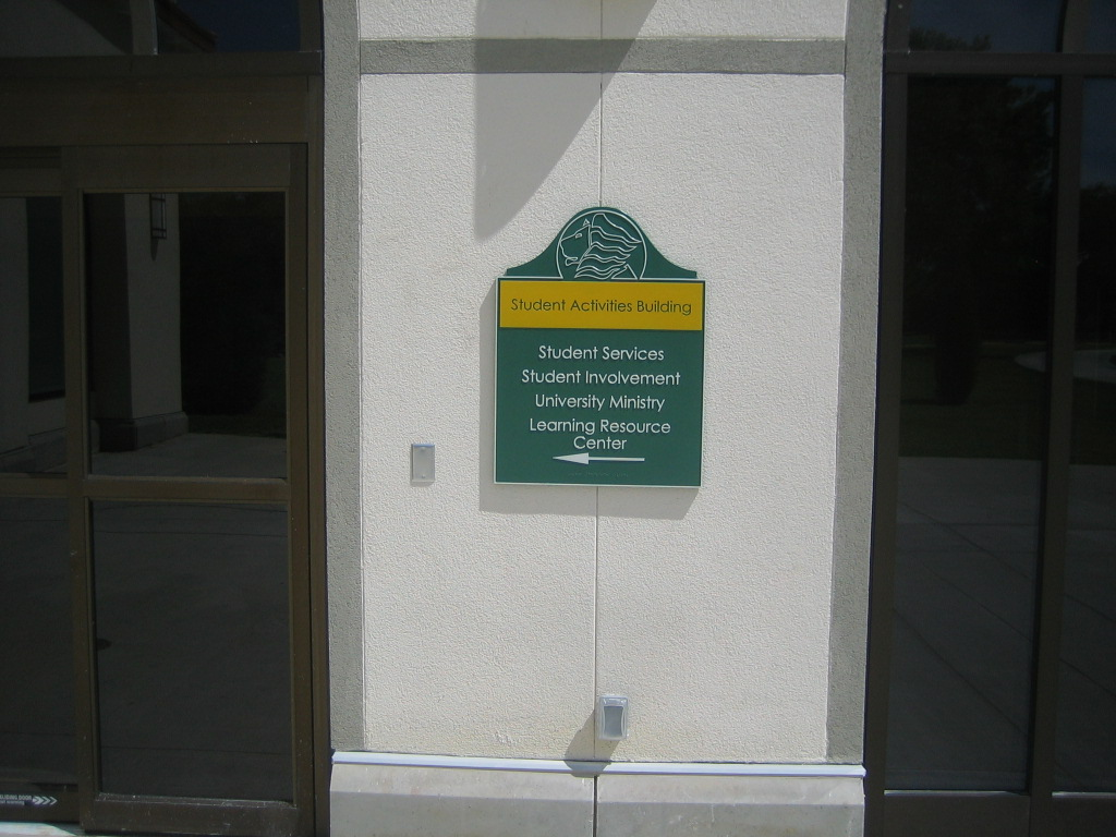 Metal Plaques in Tampa, FL