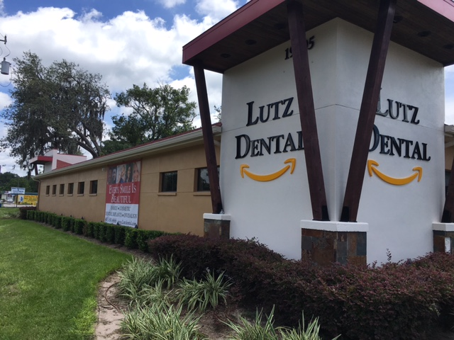 Indoor and Outdoor Signs of Acrylic, Vinyl, Metal at Tampa Dental Offices
