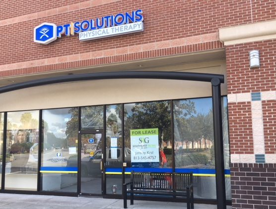 Tampa, FL – Interior/Exterior Business Signs