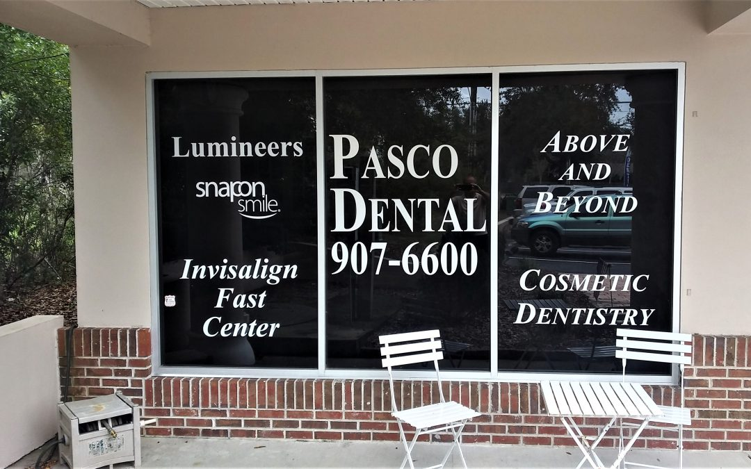 Tampa, FL – Signs with Vinyl Letters and Decals