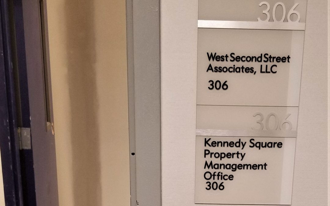 Tampa, FL – Custom ADA, Braille, Acrylic Lobby Suite Signs